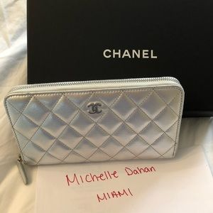 Chanel BRAND NEW zip wallet in silver